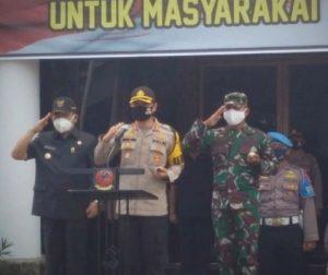 TNI dan Polri Bagikan 1000 Paket Sembako, Wali Kota Cirebon Sangat Bersyukur