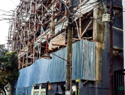 Pengawasan: Ngga Tau Saya !!! Bangunan di Jl. Sunter Agung Jakarta Utara Sarat Dengan Pelanggaran