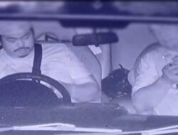 Oknum Kompol YC diduga Hisap sabu didalam mobil, ditangkap anggota lantas.