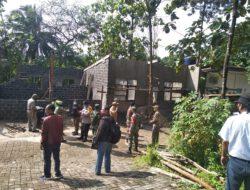 Memalukan!!! Dua Bangunan Kontrakan di Jagakarsa Dibongkar, Puluhan Pintu Ruko dan Puluhan Rumah Tinggal Tidak Ditindak