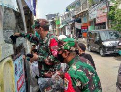 Koramil 04/CKR Giat Tertib Masker Serta Membagikan Masker Gratis Di Wilayah Kapuk Zona Merah