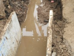 Diduga Tidak Sesuai Spek, Inspektorat DKI Diminta Periksa Proyek Drainase Sudin SDA Jaktim di Pisangan Baru Tengah