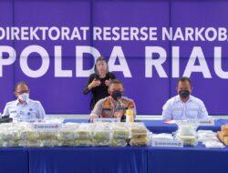 Musnahkan 189 Kg Sabu dan 889 Ekstasi, Kapolda Perintahkan Tangkap DPO Debus